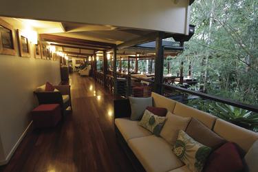 Blick zum Treehouse Restaurant