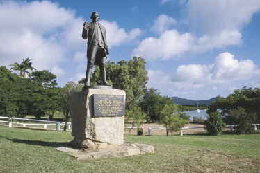Captain Cook Statue in Cooktown, ©Tourism Queensland Image Library