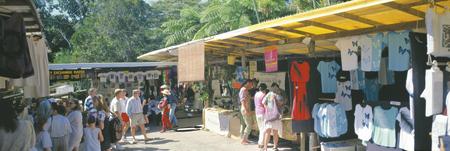 Straßenbild beim Kuranda Markt