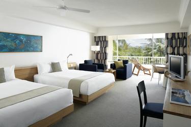 Zimmer in den unteren Etagen mit Gartenblick