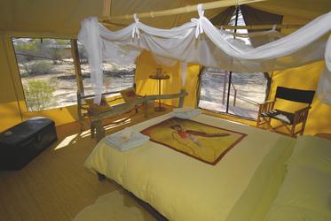 Zelt Innenansicht im Kangaluna Camp