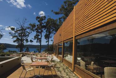 Restaurant-Terrasse mit Aussicht