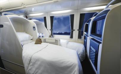 RailBeds - bei Nacht zum Bett verwandelt