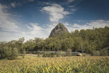 Tilt Train in den Glasshouse Mountains