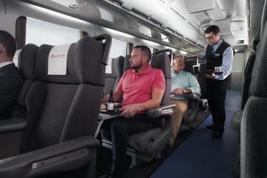 Business-Sitze im Tilt Train