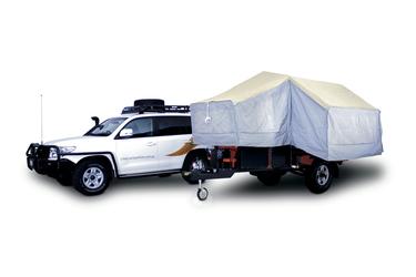 Safari Camper und 4WD Zugfahrzeug