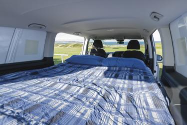 Zweites Bett im Fahrzeug