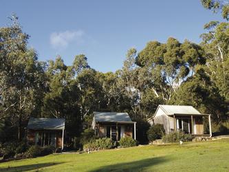 Spa Cottages in der Morgensonne, ©Peter Arp
