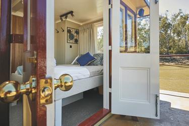Upper Deck Suite mit Bad, ©DHPP