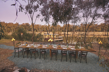 Abendessen am Flussufer, ©DHPP