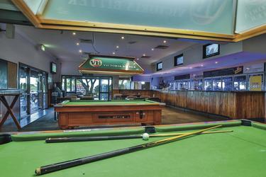 In der Sports Bar