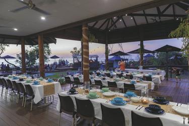 Restaurant mit Blick auf den Western Beach