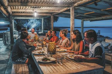 Beim Abendessen