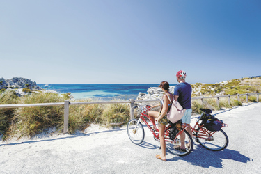 Per Fahrrad die Insel erkunden, ©Jessica Wyld