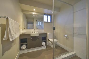 Badezimmer in der Deluxe Villa, ©aabz-imaging
