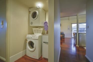 Waschmaschine und Trockner , ©aabz-imaging