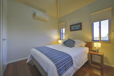 2. Schlafzimmer in der Deluxe Villa, ©aabz-imaging