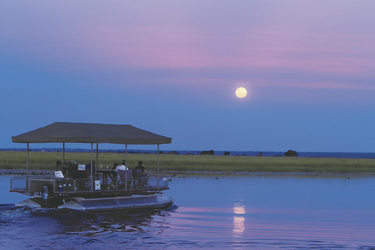 Bootsfahrt zum Sonnenuntergang