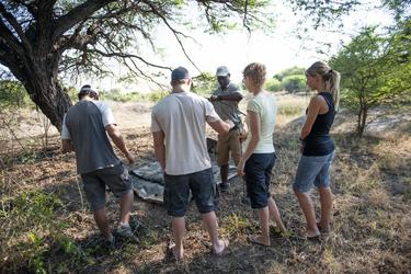 Einweisung Zelt-Aufbau Bush Ways