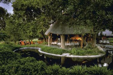 Lounge mit Terrasse, © Stuart James Arnold / Kalahari Images