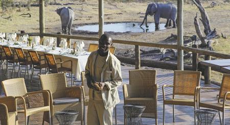 Vorbereitungen zum Abendessen , ©Desert und Delta Safaris