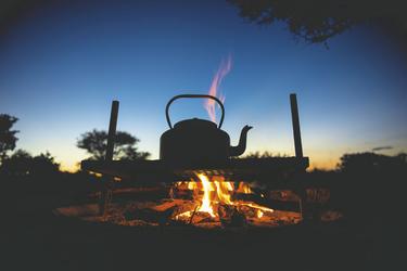Lagerfeuer im Savuti Game Reserve