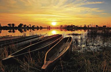 Mokoros im Okavango Delta