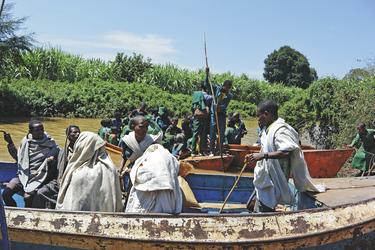 Hafenszene am Nil