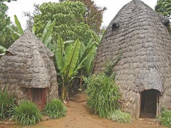Hütten der Dorze