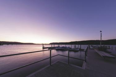 Sonnenuntergang am Hafen Mammern