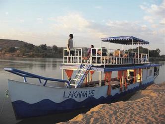 Schifffahrt auf dem Tsiribihina Fluss