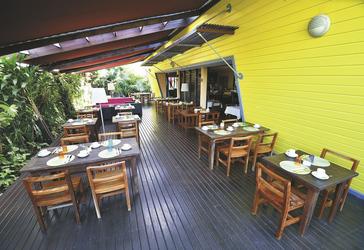 Restaurant-Terrasse, ©DAVID_RAKOTOPARE