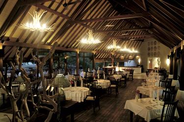 Im Restaurant, © Ivan Verzar