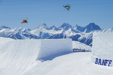 ©Travel Alberta/Snowboarder Magazine & TEN_ The Enthusiast Network
