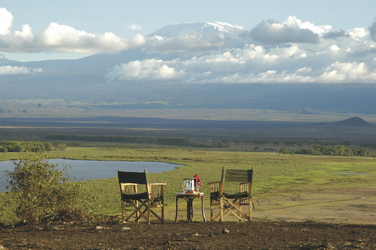 Sundowner am Kilimanjaro, ©Amboseli Serena Safari Lodge