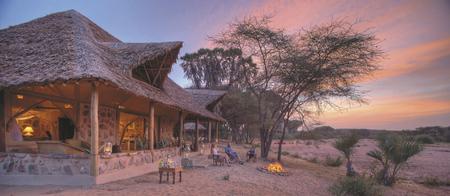 Abend im Saruni Rhino Camp