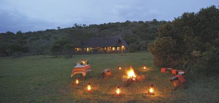 Sundowner im Saruni Mara