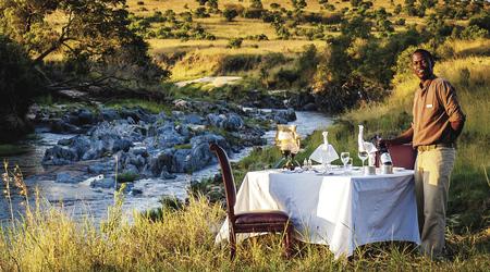 Romantisches Abendessen in der Masai Mara