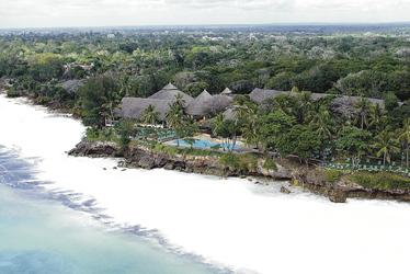 Zwischen Palmen am Strand