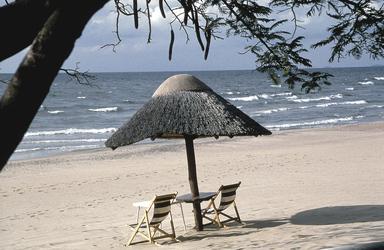 Am Strand des Malawi Sees