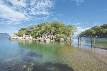 Mumbo Island , ©Francis Moult Copyright