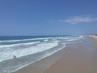 Weitläufiger Strand in Mozambique