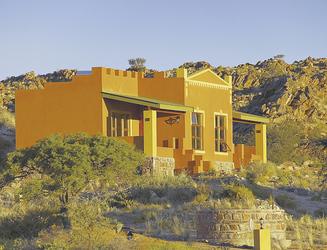 Klein Aus Vista Desert Horse Inn