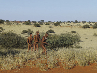 Spaziergang mit den Buschmännern