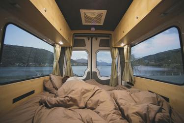 Doppelbett im Heck (Mercedes/VW)