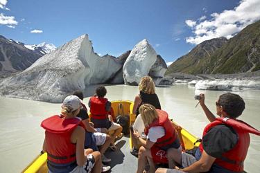 Bootsfahrt am Mt. Cook-Gletscher