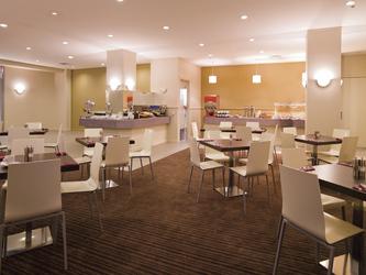 Restaurant, ©artephoto