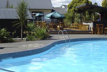 Thermalbeheizter Pool