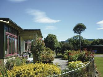 Mohua Park Cottage