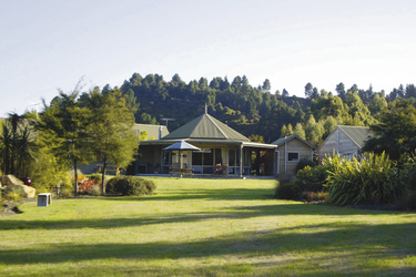 Marahau Lodge